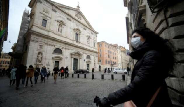 Las iglesias en Roma (Italia) están tomando medidas frente a la enfermedad.
