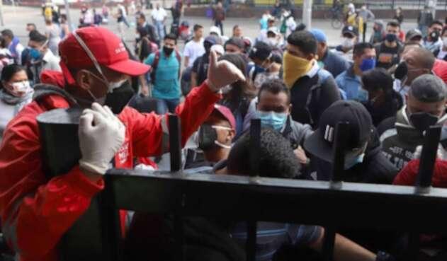 Bogotanos no acatan medidas contra coronavirus