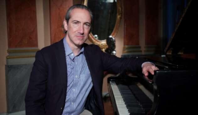 El director de la Sinfónica Nacional de Colombia, Juan Antonio Cuéllar