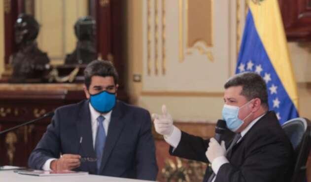 Nicolás Maduro y el diputado Luis Parra