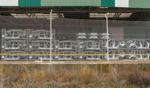 Renault cierra sus fábricas por coronavirus.