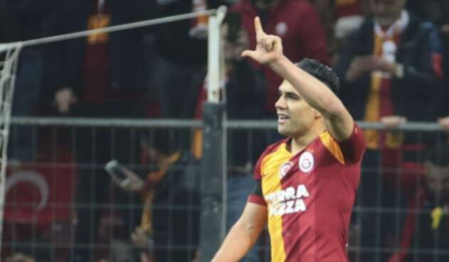 Falcao en el Galatasaray