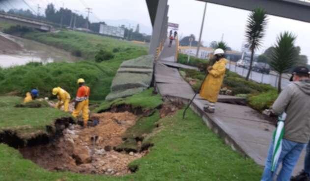 Daño en el acueducto de Chía, por temblor.