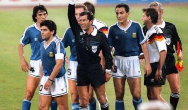 Maradona en Argentina vs Alemania 1990