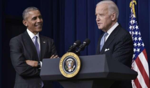 Barack Obama junto a Joe Biden