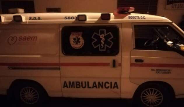 Ambulancia utilizada como transporte público en plena cuarentena, en Cundinamarca