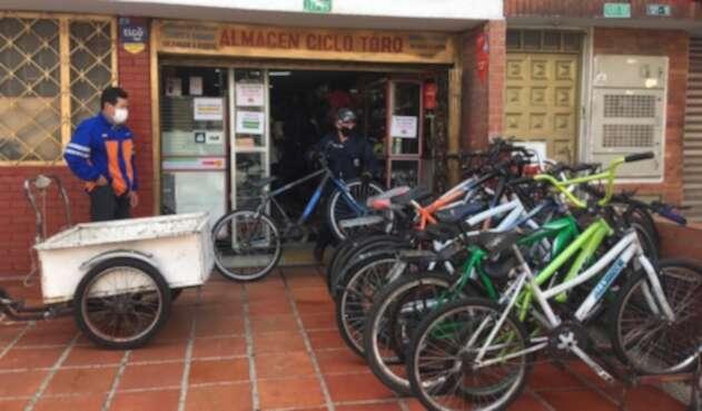 Negocios de bicicletas reabrieron durante la cuarentena, en Bogotá