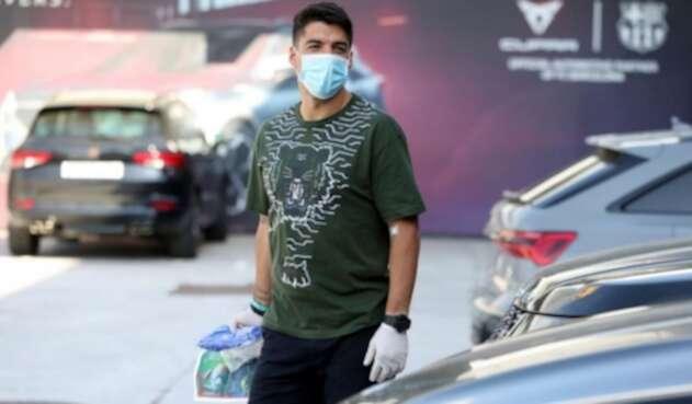 Luis Suárez llegando a la sede del Barcelona