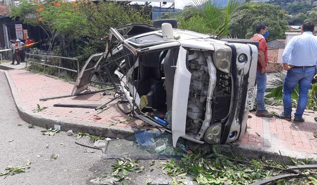 Impactantes imágenes de aparatoso accidente en Villeta (Cundinamarca)