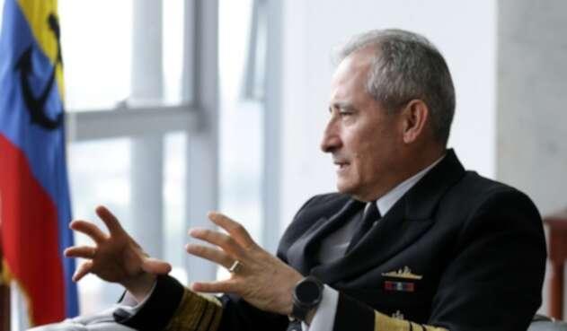 Almirante Evelio Ramírez, comandante de la Armada
