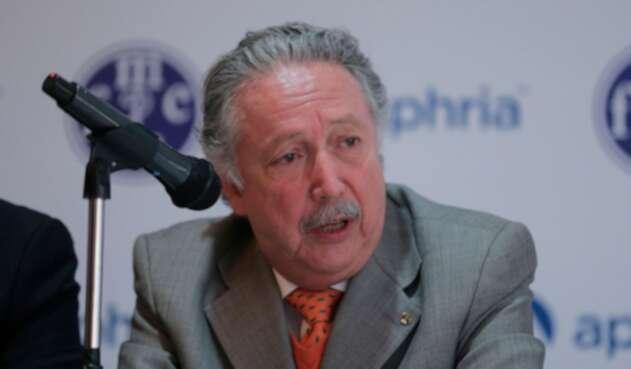 Doctor Sergio Isaza Villa, presidente de la Federación Médica de Colombia