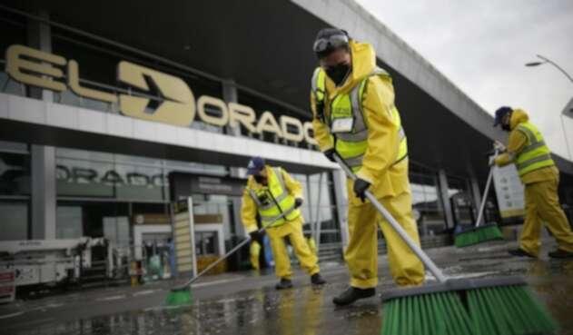 Aeropuerto El Dorado / Coronavirus en Bogotá / Cuarentena en Bogotá