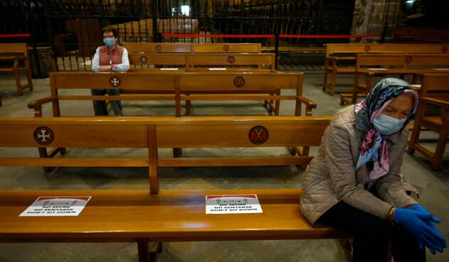 Coronavirus en España / Distanciamiento en iglesias