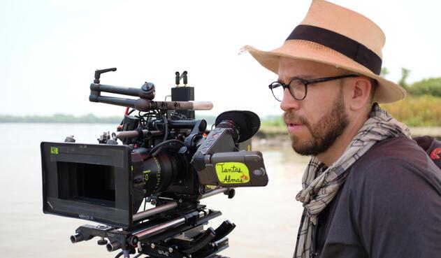 Juan Sarmiento, fotógrafo colombiano