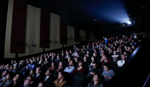 Hasta las salas de cine regresarán en Nueva Zelanda.