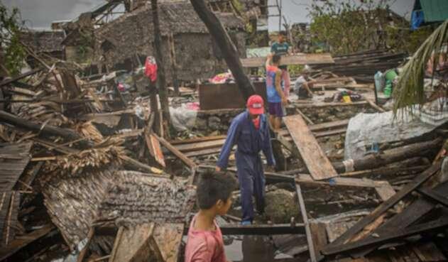 Tifón Vongfong arrasó en Filipinas
