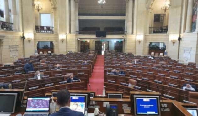 Plenaria de la Cámara de Representantes en sesión semivirtual