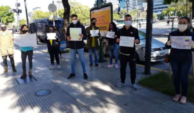 Colombianos en Argentina piden por repatriación