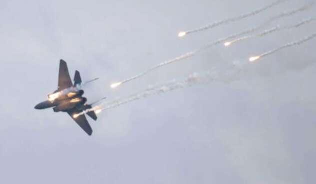 Avión F15