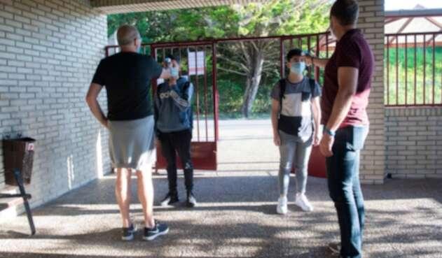 Regreso de niños a colegios / Coronavirus en España