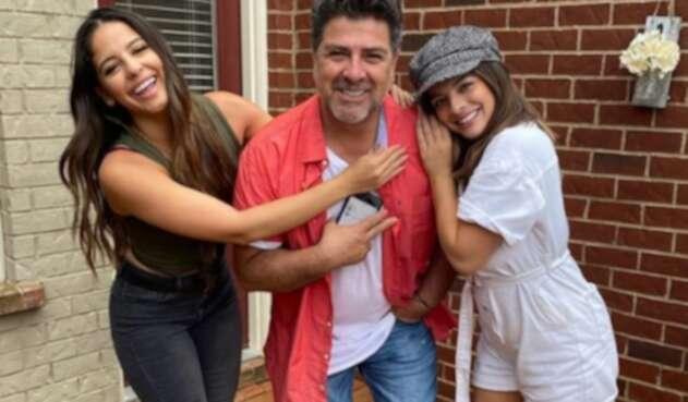 Fabio Legarda y sus hijas