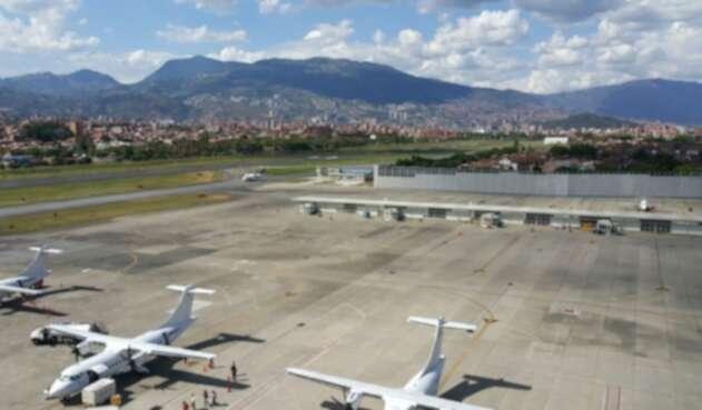 Los pasajeros y las aerolíneas deberán cumplir un estricto protocolo.