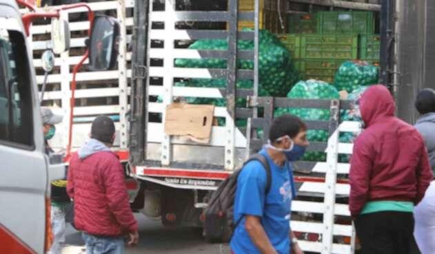 Corabastos aplica restricciones, entre ellas el ingreso de camiones