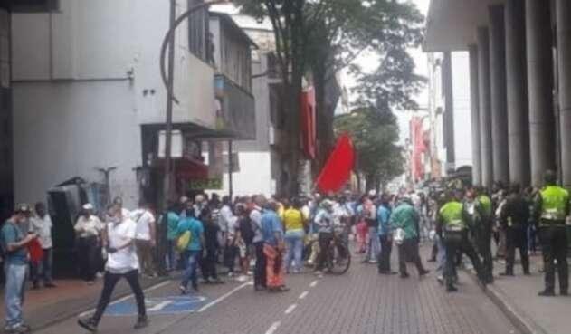 Protesta vendedores informales.