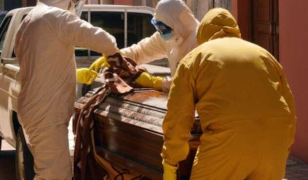420 cadáveres recogen en Bolivia por Covid-19