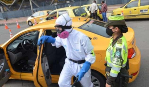 Desinfección de taxis en Bogotá / Coronavirus en Bogotá