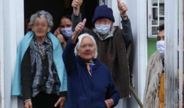 Adultos mayores en medio de coronavirus en Colombia