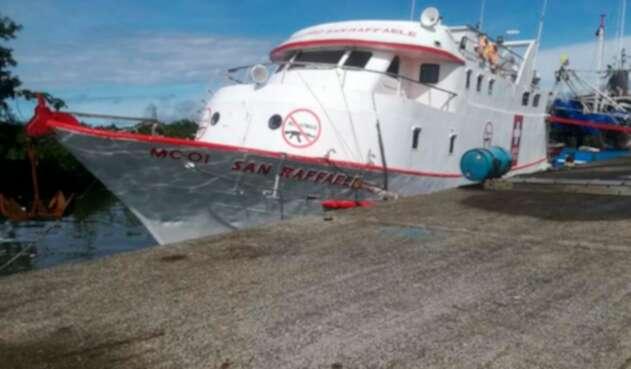 Roban barco hospital en Buenaventura
