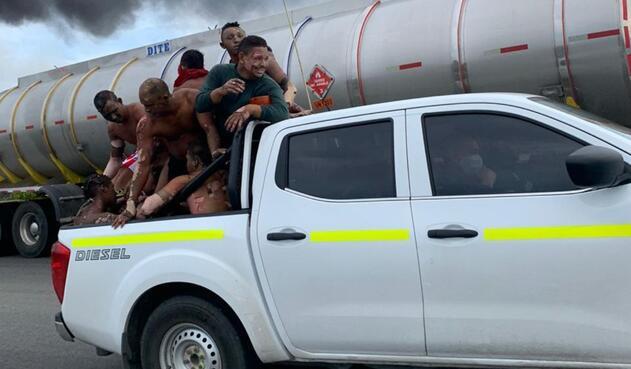 Camión accidentado con gasolina explotó Magdalena