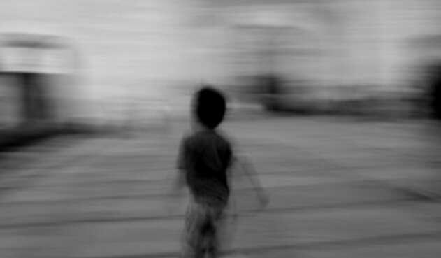 Menor de edad corriendo