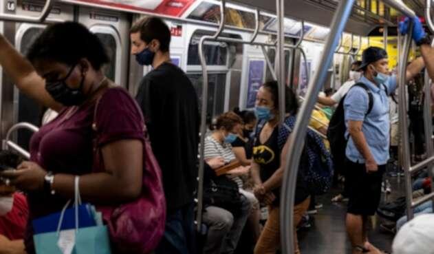 Coronavirus en Estados Unidos / metro de Nueva York