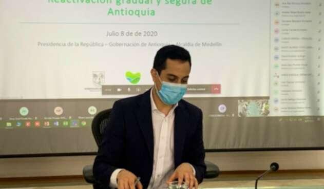 Federico Hoyos Consejero de Regiones