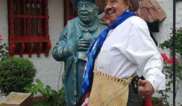 El 'Indio Rómulo', poeta costumbrista colombiano.