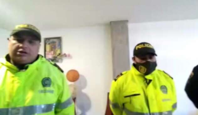 Policías denuncian