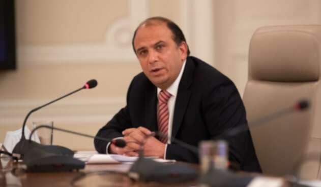 Carlos Camargo Assis, presidente de la FedeDepartamentos
