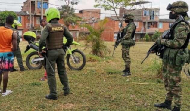 Familiares de los menores asesinados han denunciado supuestas irregularidades por parte de la Policía en el levantamiento de los cuerpos.