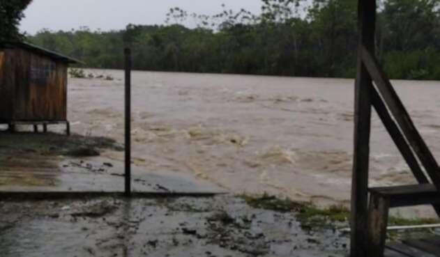 Las calles, viviendas y cultivos quedaron inundados.