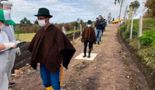Entrega de ayudas a campesinos en Boyacá