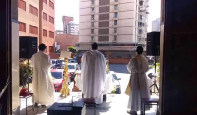 "Iglesia venezolana impulsa las ""automisas"""