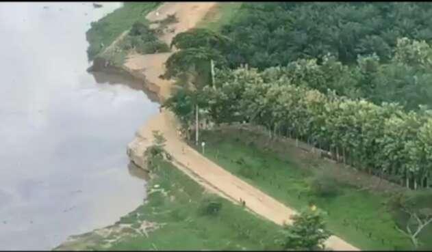 La vía se destruyó por la erosión, dejando incomunicados a los municipios del sur del departamento