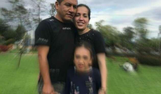 Natalia Baquero y Omar Villarraga, una pareja de esposos quienes trabajaban en servicios generales, en la Hacienda Presidencial Hato Grande