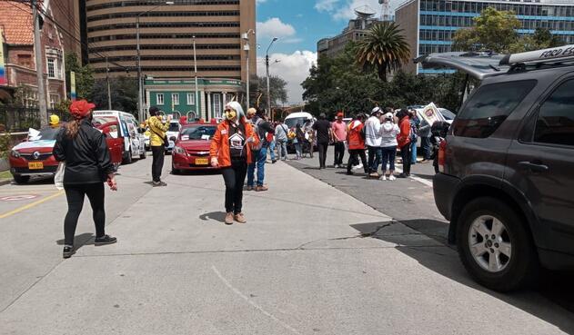 Centrales obreras protestas en la capital del país