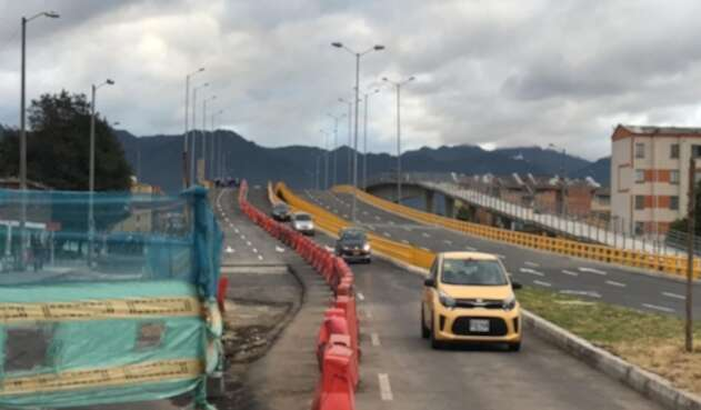Habilitan puente en la Avenida Mutis en Bogotá