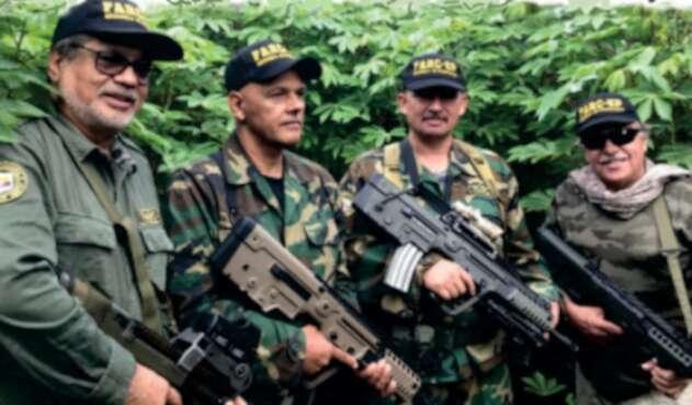 Reaparecen Iván Márquez, 'el paisa' y 'Santrich' pidiendo renuncia de Duque  | La FM