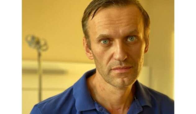 Alexéi Navalni tras ser dado de alta