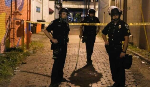 Policías en Louisville, 23 de septiembre de 2020